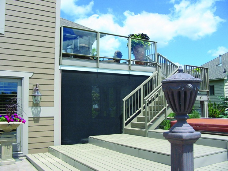 retractable screens - deck